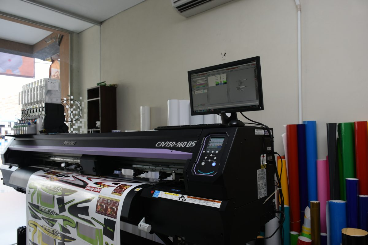 Definition of a Wide Format Printer